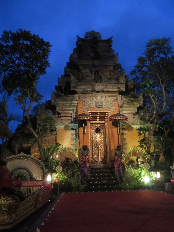 Palace Temple in Ubud before the cultural dance show